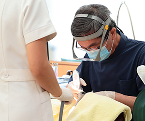 理想的なむし歯治療とはなにか?を常に考え、必要な対策をクリニックのシステムとして取り入れ、実践できる体制を常に追い求めてきました。