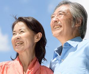 日本人は80歳までに平均して22.4本の歯を失う計算